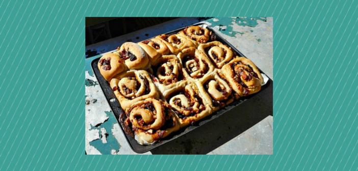 Make-Ahead Cranberry Pecan Cinnamon Rolls | Tea Korte